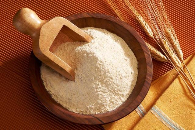 Брашно, Пшенично пълнозърнесто брашно, Брашно смляно на каменна мелница, пшеница, каменна мелница